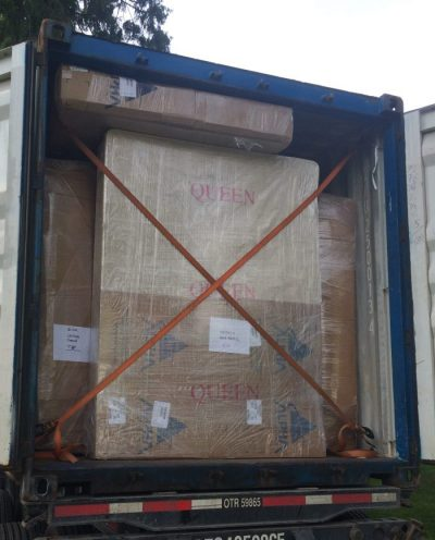 loading & unloading trucks & containers