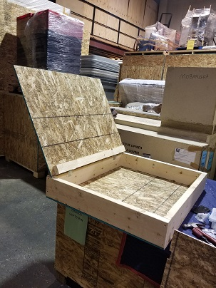 small hinged crate for painting that allow you to use it again